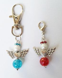 Engel in weiß/türkis und weiß/rot