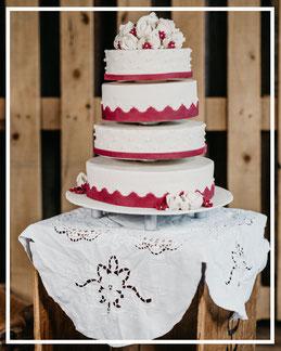 Hochzeitstorte, Weddingcake, Marzipanblumen, Marzipandecke, Marzipanzauber, Hochzeitstorte Lüneburg, Hochzeitstorte Winsen, Hochzeitstorte Hamburg, Hochzeitstorten Buchholz, Soltau, Uelzen