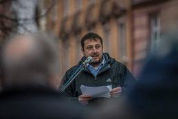 DGB Sekretär Norbert Zirnsak bei seiner Rede am Würzburger Ostermarsch 2015