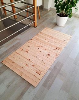 Teppich aus Massivholz zum Rollen