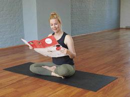 Top 5 prenatal yoga classes - online
