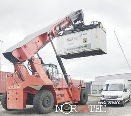 technical inspection of used reach stacker with container weight