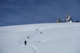 erste Spuren von der Aig. du Midi 3820m, Valée Blanche