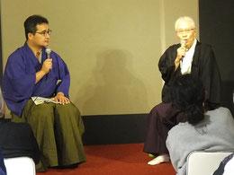 安居神社中島宮司「幸村公を語る」。左は司会の旭堂南陽さん