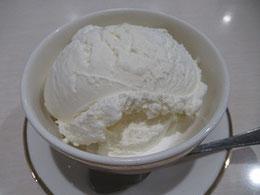 雪印パーラー本店の「スノーロイヤル」 50年前に作られ、今も人気ナンバーワン