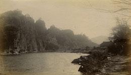 展示の一例・明治後期の耶馬渓競秀峰全景