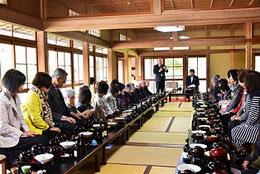 4月7日旅猿ツア一昼食会場 於国宝不動院