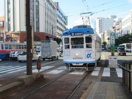 長崎電鉄「大波止」は駅から二つ目の電停で、近くに出島、グラバー邸などがある。