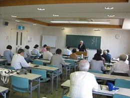 尾張旭市民塾で講師を務める山根兼昭さん