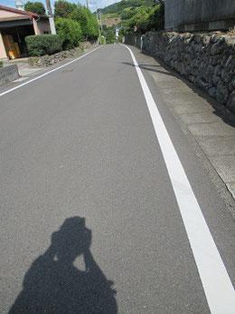 「薩摩街道」の面影のある道をてくてく。