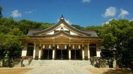 湊川神社 本殿内に平櫛田中作の狛犬がある