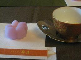 お二人がいれる煎茶は格別の味わい。