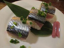 生サンマの寿司