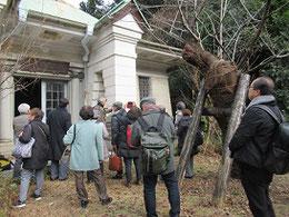 川島先生と社会人学生の皆さんは広島市内の建物の調査のため、京都から来られた。