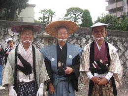 左から田邊先生、松本さん、桑野さん