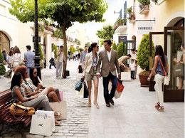 Shoppen in de omgeving van Villa Cas del lago