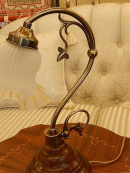 テーブルランプ 照明 おしゃれ イタリア製 カパーニ 古木 ランプ 照明器具 アールヌーボー クラシック エレガント ゴージャス CAPANNI