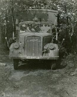 Camion allemand capturé le 13 août, et Pont de Lésigny détruit le 29 août