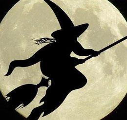 Vorratskalender - Vorräte und Küchengeschenke zur Walpurgisnacht: Rezept für Hexenlikör