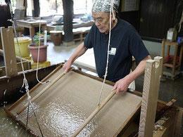 手漉き和紙制作過程の一部