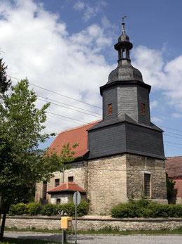Die Kirche nach beendeter Restaurierung von Turm und Kirchenschiff 2011