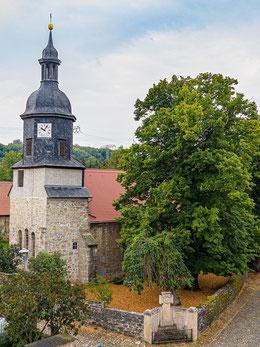 Kirche von Nordosten