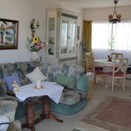 gemütliches Wohnzimmer für den Urlaub auf Teneriffa
