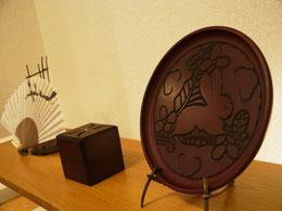 鎌倉彫 丸盆 兎
