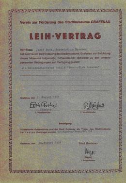 Dieser Leih-Vertrag (oben) mit dem Stadtmuseum Grafenau wurde 1981 abgeschlossen, um dieses erste Vereinsschild (unten) der Nachwelt zu erhalten.