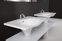 freistehende badewannen mineralguss und holz im angebot badefieber. Black Bedroom Furniture Sets. Home Design Ideas