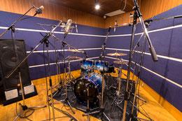 レコーディング時のRスタジオ(福岡)