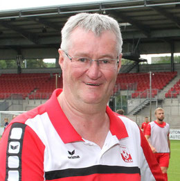 Peter Ellefred, Jugendleiter