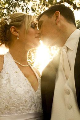 Versandreinigung-mueden.de, Brautkleider, Vertrauen und hohe Qualität