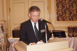 出席委員長 L.横山  等