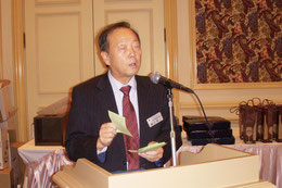 教育委員長 L.樋口 源二