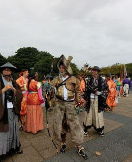 ●公園にはパレードに出演した人たちが到着していました