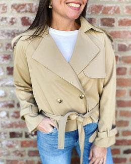 vêtement pour femme veste grise