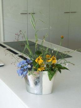 ●台所 紫陽花、シマアシ、ハゼラン(サンジソウ)ルドベキア、コヒマワリ、フエンネルノハナ