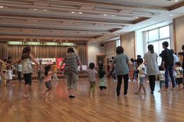 保育実践『親子で遊ぼう 親子リズム体操』