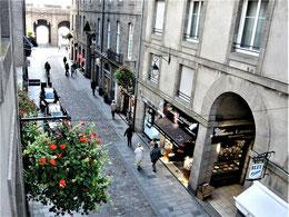 La Rue et la Porte St VIncent vues de l'appartement