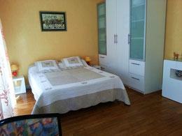 Chambre 1 avec lit de 200x160
