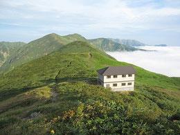 竜門山避難小屋