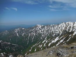 ▲西朝日岳から相模山方面