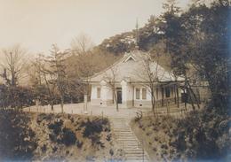 昭和9年完成直後の頼山陽文徳殿