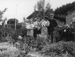 Familie Brinkmann 1932 auf Sieben Hügel