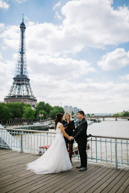 Wedding=Celebrant-France-Symbolic-Ceremony-Paris-Eiffel-Tower-Elopement