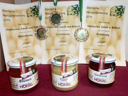 3 x Gold für die Mosbacher-Honige. Blütenhonig, Cremehonig, Waldhonig!