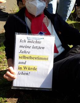 Ich möchte meine letzten Jahre selbstbestimmt und in Würde leben! Demo Berlin 21.04.2021