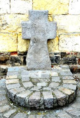Croix de Sainte-Colette à Corbie