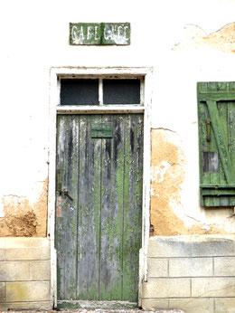 Le vieux café à Lincheux- Ph: GG d'Oisemont